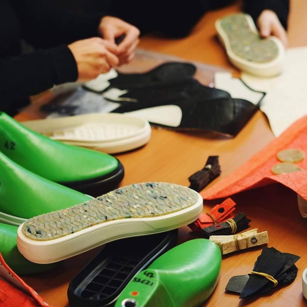najlepšie eshopy - topánky z recyklovaných plastov - Zouri